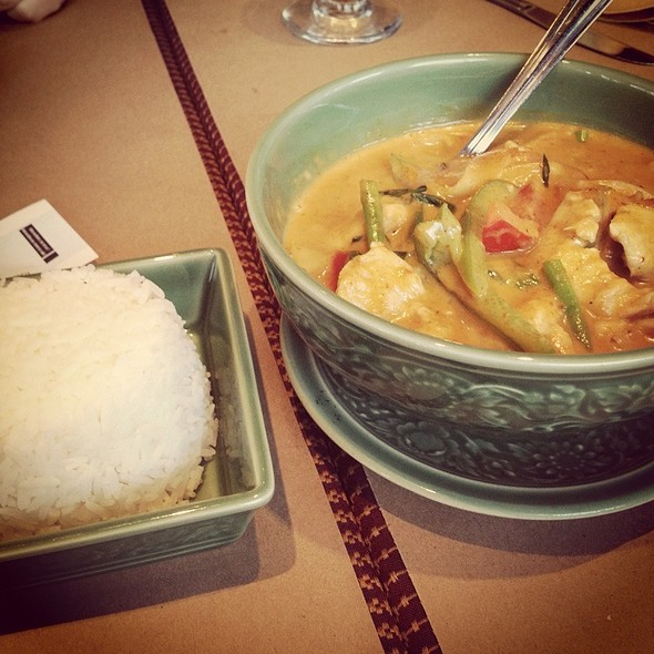 Red Curry - Restaurant Thailande, Montréal, QC
