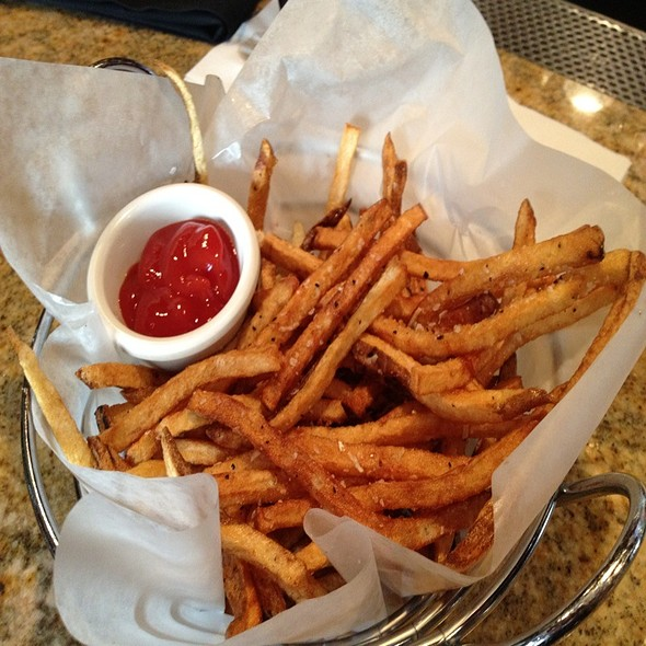 French Fries - Stanford's - Lloyd Center, Portland, OR