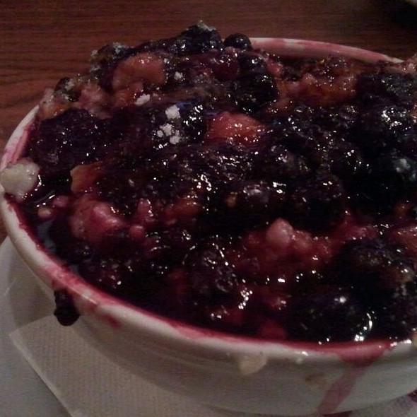 Oregon Berry Oatmeal Brulee - Kells Irish Restaurant & Pub, Portland, OR