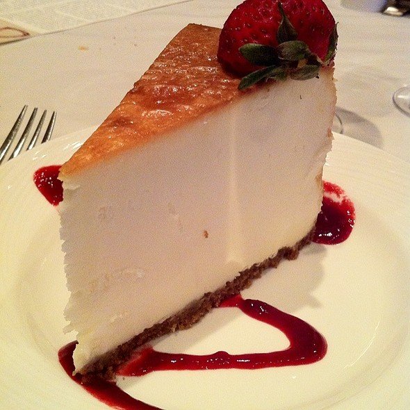 New York Style Cheesecake - Eddie Merlot's - Cincinnati, Cincinnati, OH