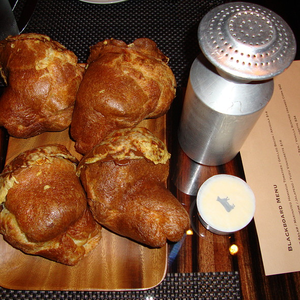 Popovers with sea salt - BLT Steak - Waikiki, Honolulu, HI