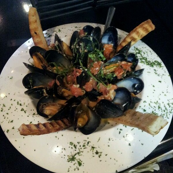 Mussels Provencal - DD Flats Wine Bar & Flatbread Company, Boca Raton, FL