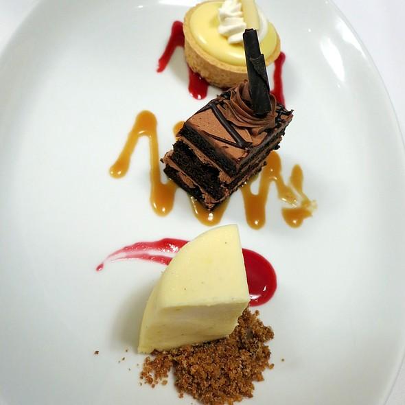 Dessert Sampling - The Plaza Restaurant at Sheraton Columbus at Capitol Square, Columbus, OH