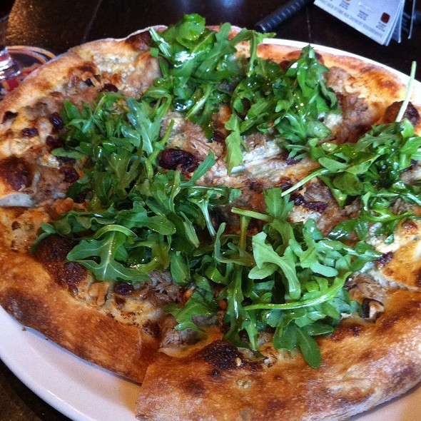 Duck confit pizza - Yaletown Brewing Company, Vancouver, BC
