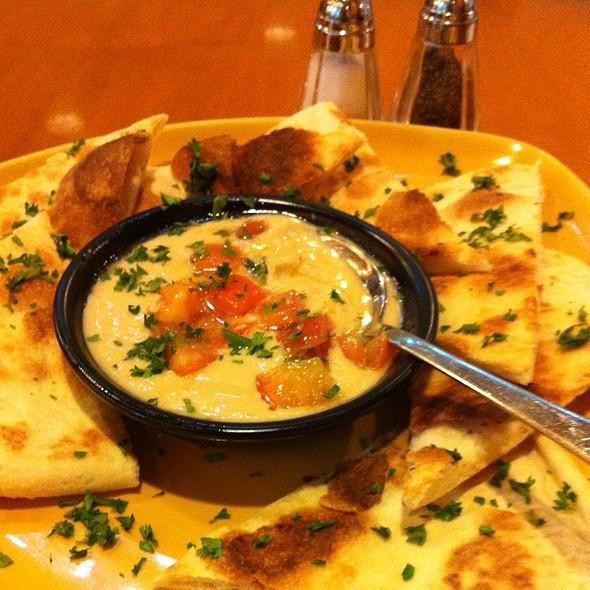 California Pizza Kitchen Shangri La