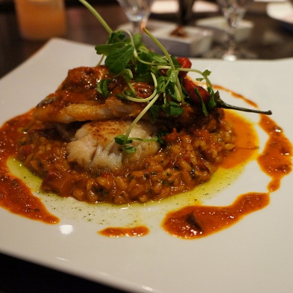 Red Snapper - Mideastro Yorkville, Toronto