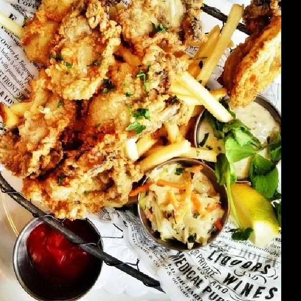 Deep Fried Oysters - Max's Oyster Bar, West Hartford, CT