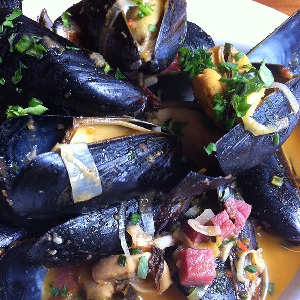 Mussels - The Frog and Turtle, Westbrook, ME