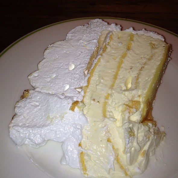Vanilla Meringue Cream Cake - Novikov - Italian Restaurant, London