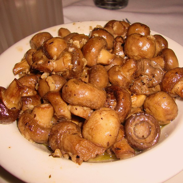 Sauteed Mushrooms - Hugo's Frog Bar & Fish House - Chicago, Chicago, IL