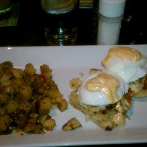 Crabcake Eggs Benedict - Chelsea Tavern, Wilmington, DE