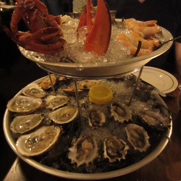 grand platter - The Mermaid Inn East Village, New York, NY