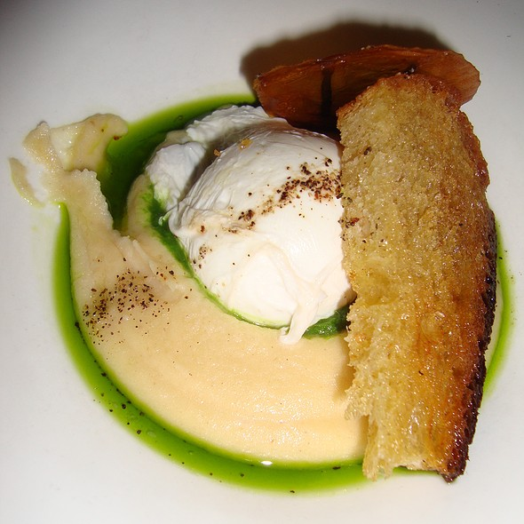 Organic Farm Egg with Smoked Potato Puree & Sourdough - Green Zebra, Chicago, IL