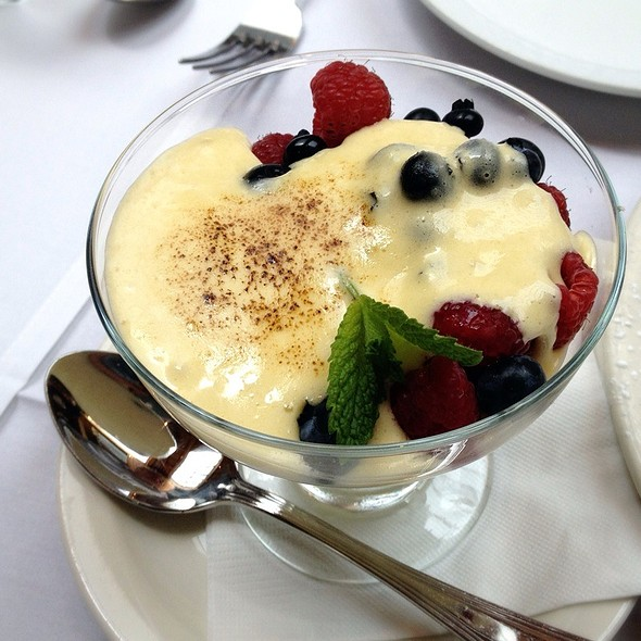 Fresh Berries & Zabaglione - Cafe Santorini, Pasadena, CA