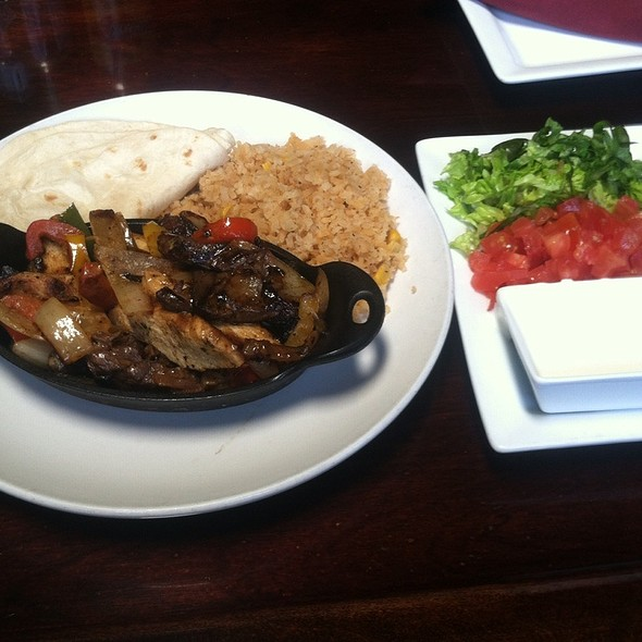 Chicken And Steak Fajitas - Santa Fe Mexican Grill & Bar - Wilmington, Wilmington, DE