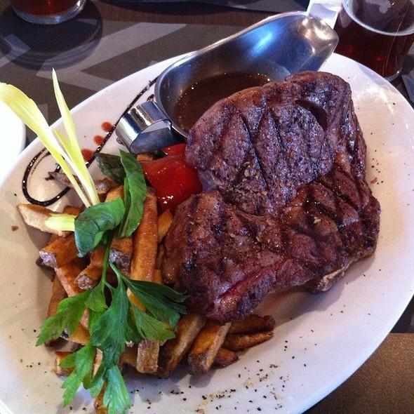 Le Bifteck - Le Balthazar - Canada, Laval, QC