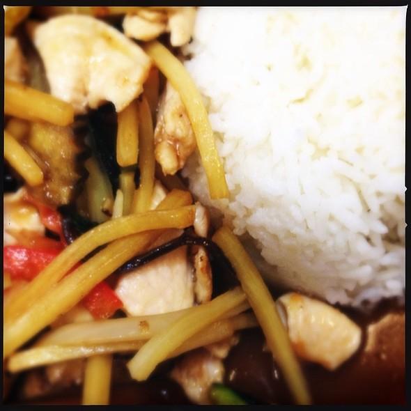 Sunisa Thai Food