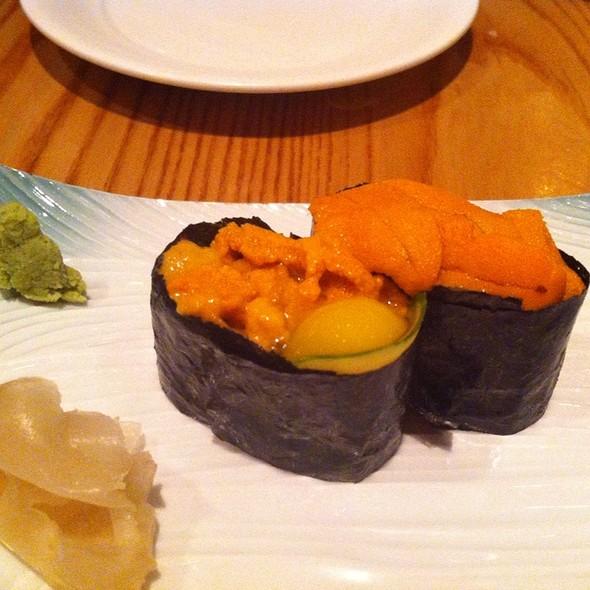 Uni Nigiri Sushi - Nobu Honolulu, Honolulu, HI