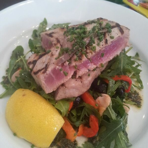 Grilled Tuna Steak Salad - Branca, Oxford, Oxfordshire