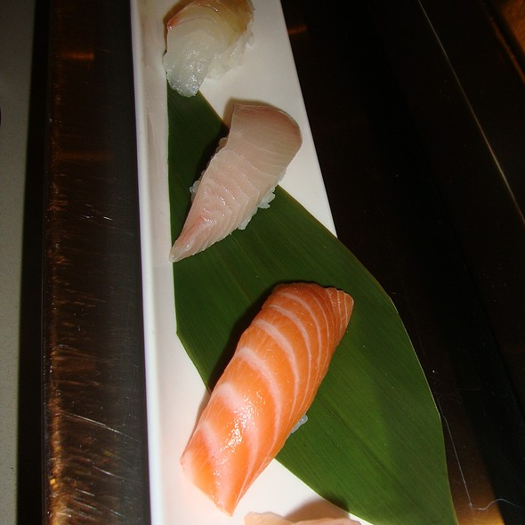 Nigiri - Salmon, Yellowtail & Snapper - Mirai Sushi - Wicker Park, Chicago, IL
