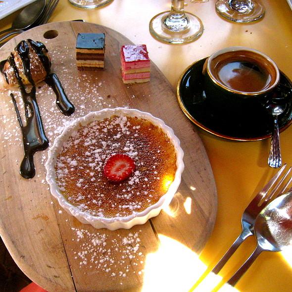 Cafe Gourmand - La Voile, Boston, MA