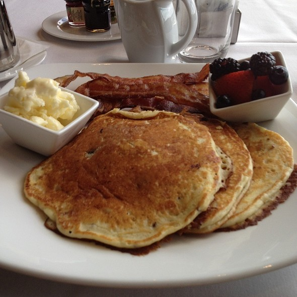 Blueberry And Orange Granola Pancakes - Aqua Star at The Westin Savannah Golf Resort & Spa, Savannah, GA