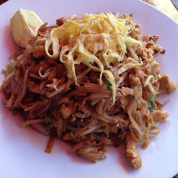 Pad Thai - Fusha East, New York, NY