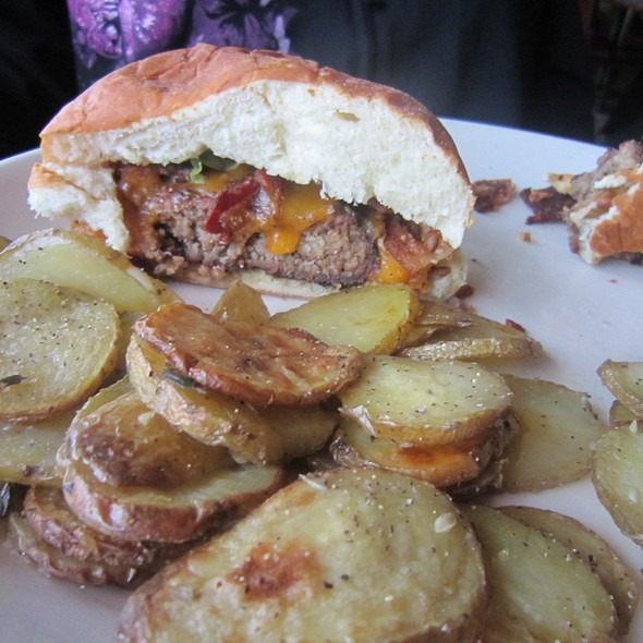 Mesquite Cheddar Burger on a hawaiian bun w/ roasted potatoes - Salt Creek Grille - Rumson, Rumson, NJ