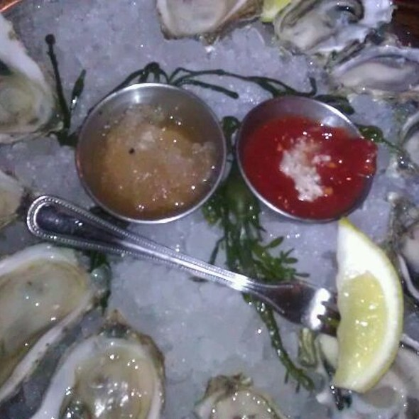 Oysters - Shaw's Crab House - Chicago, Chicago, IL