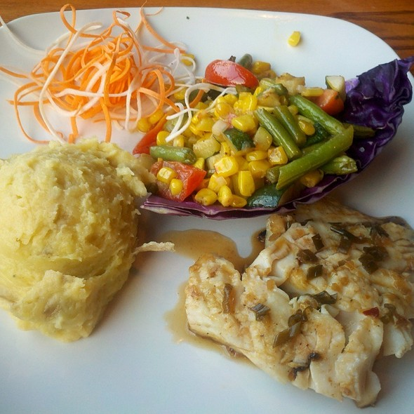 Glazed Halibut With Mashed Potatos And Succotash - Kitchen Bar, Abington, PA
