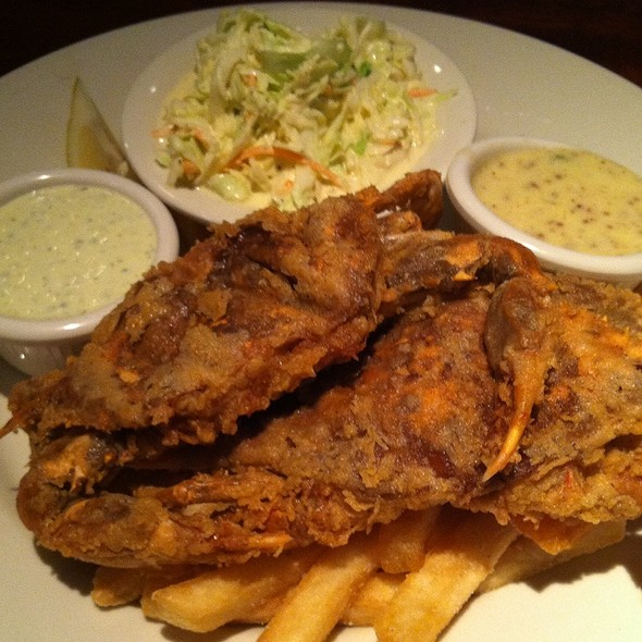 Fried Soft Shell Crabs - Clyde's at Mark Center, Alexandria, VA