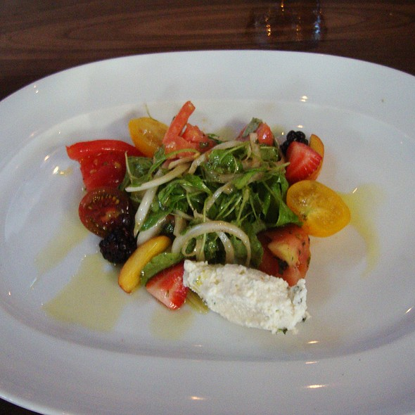 Heirloom Tomato, Arugala, House Ricotta & Pickled Blackberry - Underbelly, Houston, TX