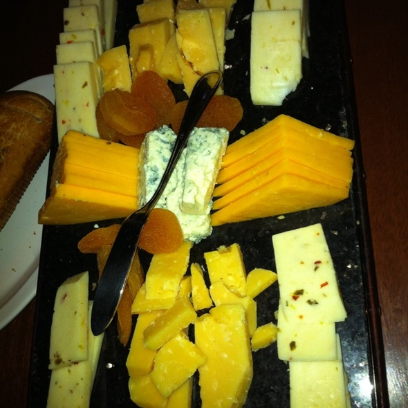 Cheese Plate - Fleming's Steakhouse - Richmond, Richmond, VA