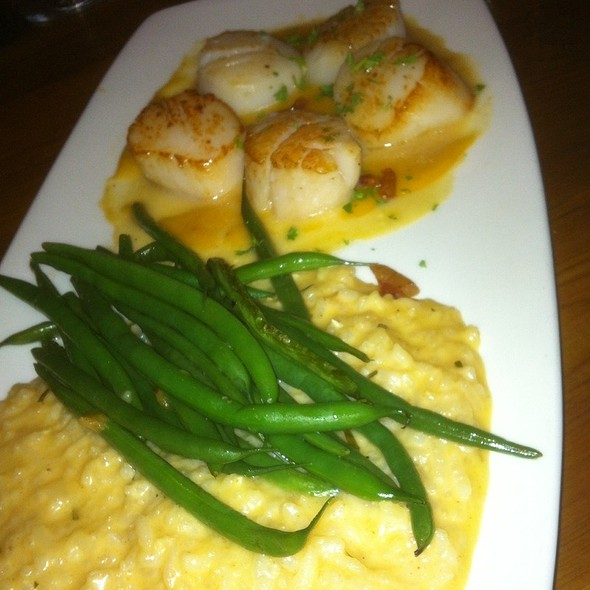 Macin Seared Scallops - EdgeWild Restaurant & Winery, Chesterfield, MO