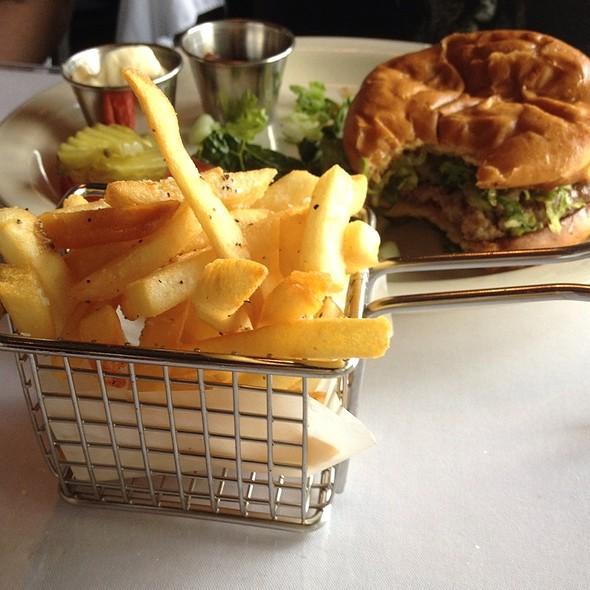 Burger - Brooklyn Cafe, Sandy Springs, GA