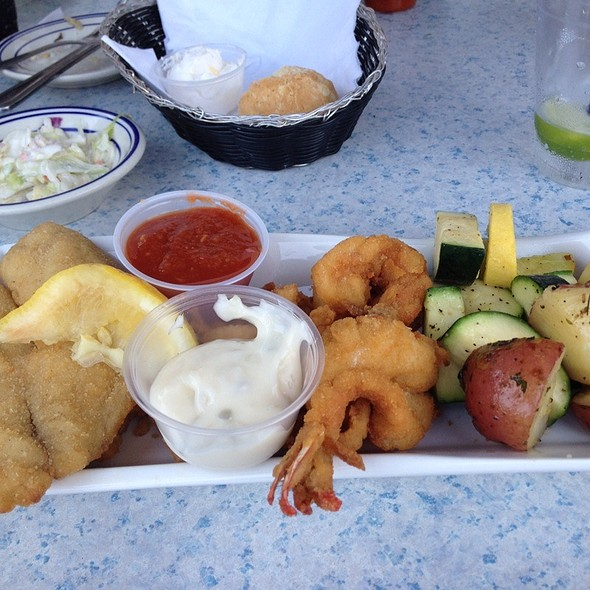 Seafood Combo Plate Lunch - Bahrs Landing, Highlands, NJ
