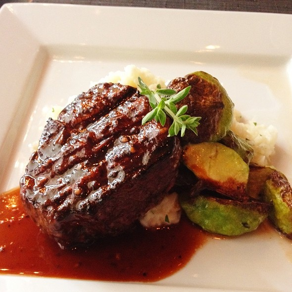 Filet Mignon - Vivo - Hartford, Hartford, CT