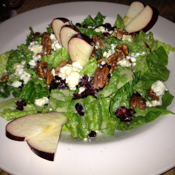 Spring Salad - Gluek's Restaurant & Bar, Minneapolis, MN