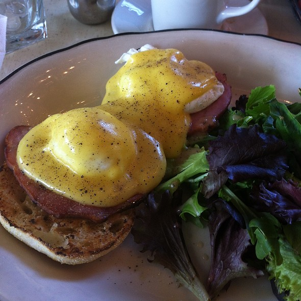 Eggs Benedict - Drake Hotel, Toronto, ON