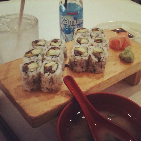 Sushi - TL's Four Seasons, Roseville, IL