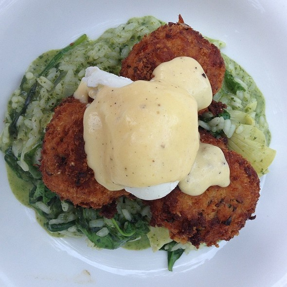 Salmon Cakes W/Poached Eggs & Creamed Spinach & Artichoke Heart Risotto - Rainbow Lodge, Houston, TX