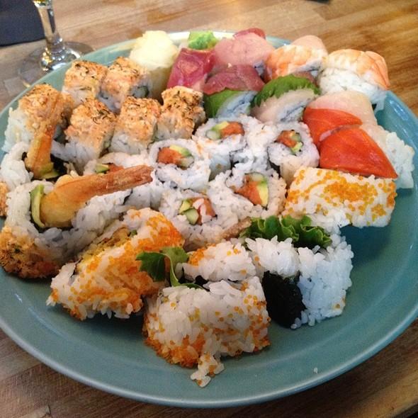 Sushi - Moshi Moshi Sushi, Seattle, WA