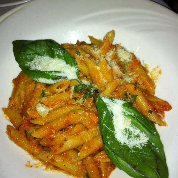 Penne A La Vodka - Firenze, New York, NY