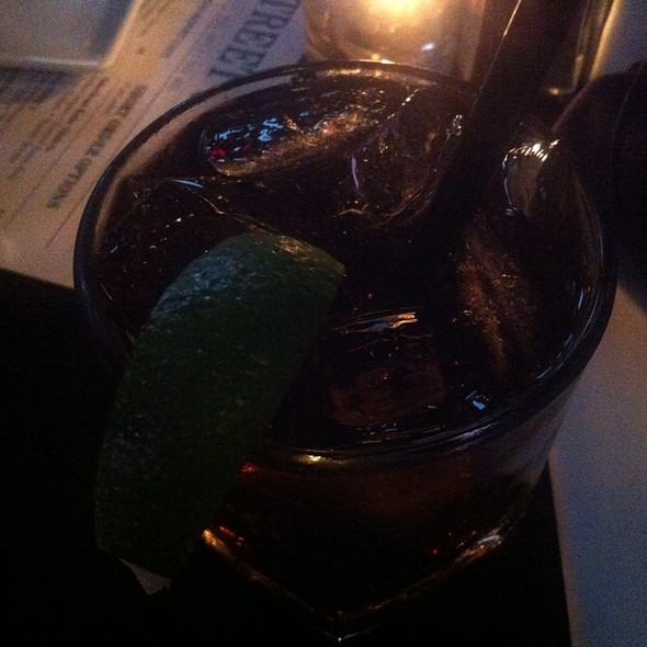 Captain And Coke - Bull and Bear, Chicago, IL