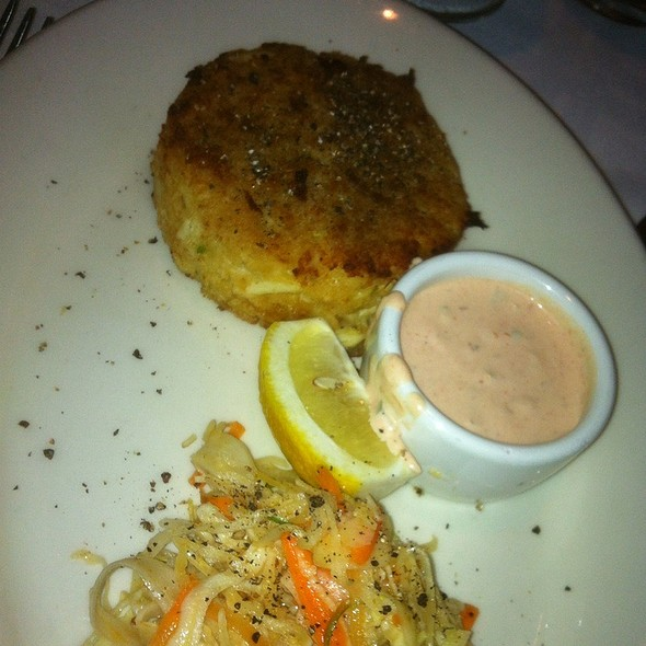 Crab Cake With Spicy Cole Slaw - Hugo's Frog Bar & Fish House - Naperville, Naperville, IL