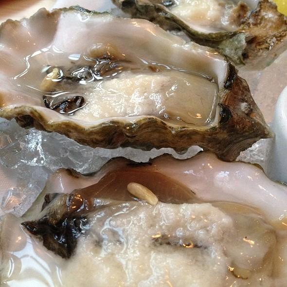Washington Oysters - Southpark Seafood, Portland, OR