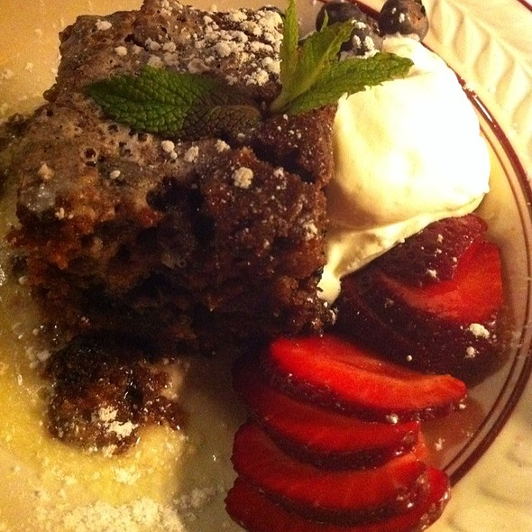 Whiskey cake - Kells Irish Restaurant & Bar, Seattle, WA