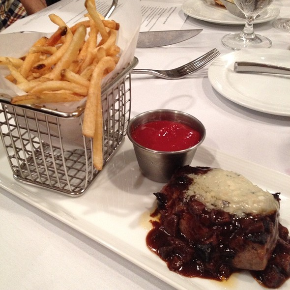 Steak-Frites - Preston's at Loews Hollywood Hotel, Hollywood, CA