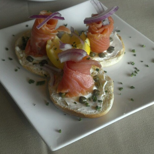 Smoked salmon appetizer - Gary's on Spring, Louisville, KY