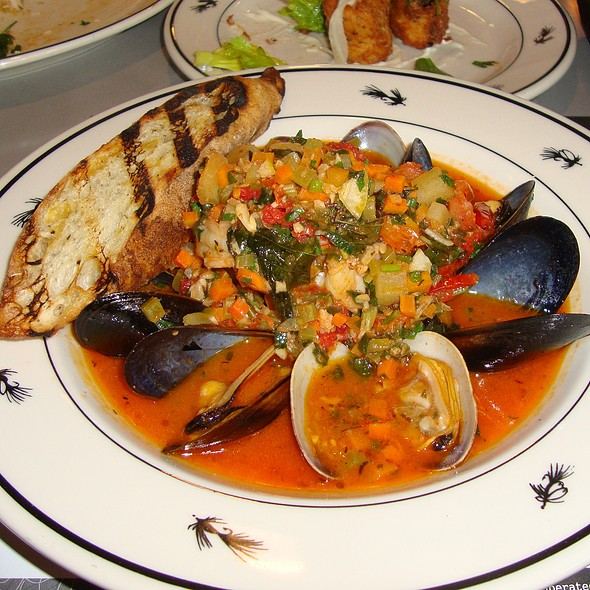 Cioppino - Steelhead Diner, Seattle, WA